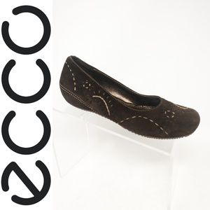 ECCO Womens Brown Suede Stitched Ballet Flats Slip